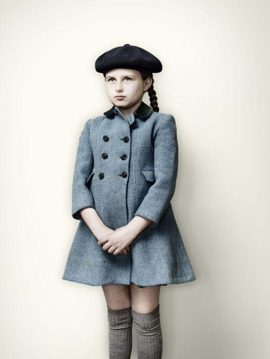 Evacuee_girl_in_Blue_coat