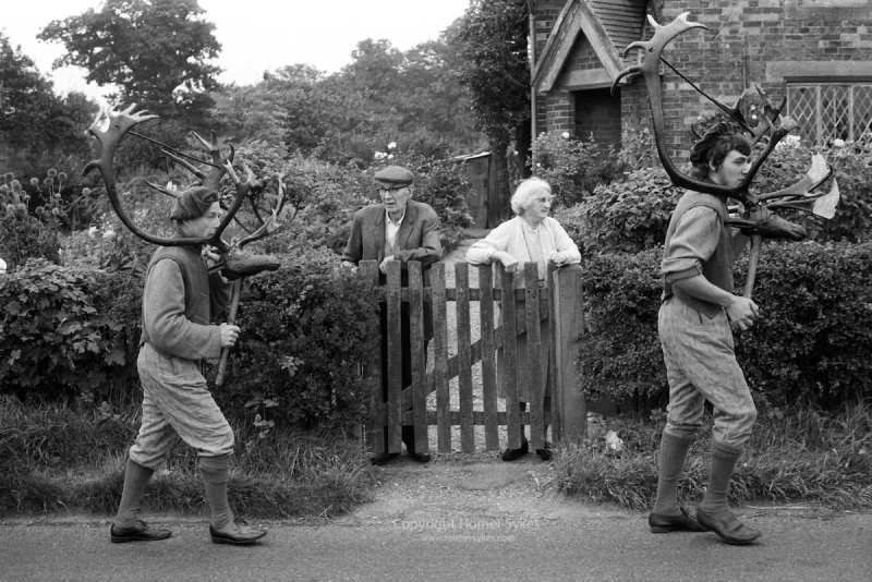 BRITISH  FOLK CUSTOMS ENGLISH FOLKLORE ABBOTS BROMLEY HORN DANC DANCING COUNTRYSIDE 1970S UK